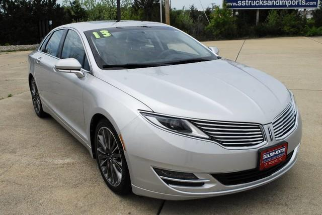 2013 Lincoln MKZ Base 4dr Sedan