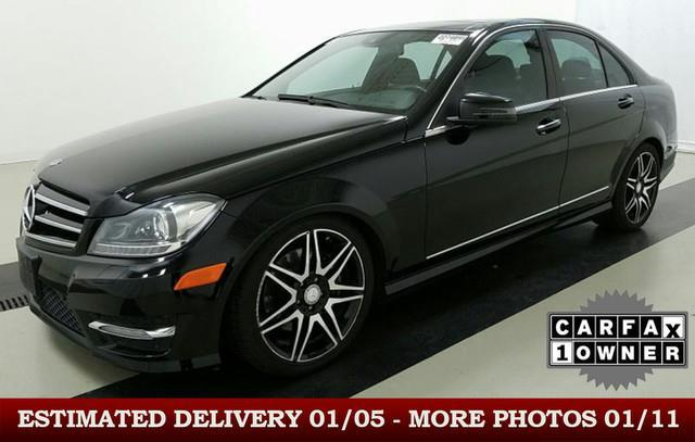 2013 mercedes benz c class c 300 luxury 4matic awd c 300 luxury 4matic 4dr sedan for sale in des. Black Bedroom Furniture Sets. Home Design Ideas