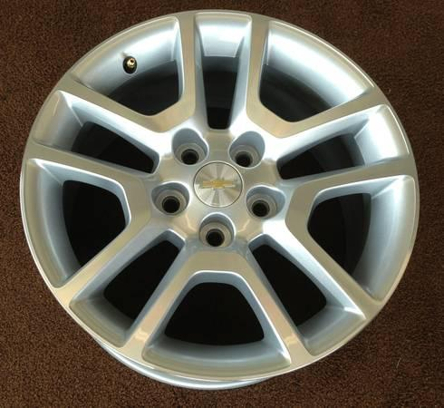 2013 NEW 17 in. Chevy Malibu factory alloy Wheels OEM - $425
