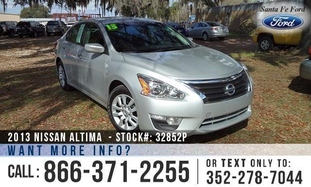2013 Nissan Altima 2.5 S - ONE Owner - Pure Drive