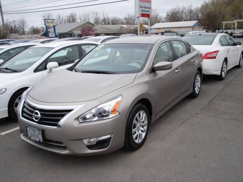 2013 nissan altima 4 dr sedan 2 5 s for sale in new hampton new york classified. Black Bedroom Furniture Sets. Home Design Ideas