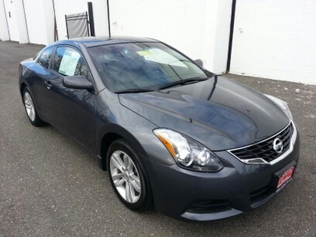 2013 nissan altima for sale in cheverly maryland classified. Black Bedroom Furniture Sets. Home Design Ideas