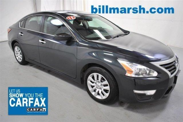 2013 nissan altima car for sale in traverse city michigan classified. Black Bedroom Furniture Sets. Home Design Ideas