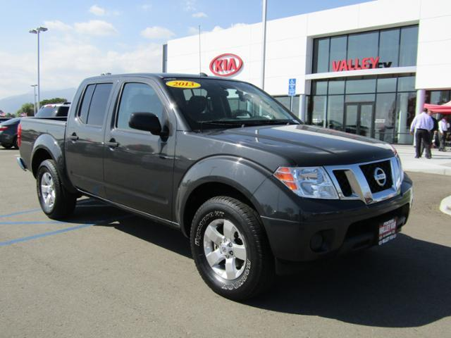 2013 Nissan Frontier S 4x4 S 4dr Crew Cab 5 ft. SB