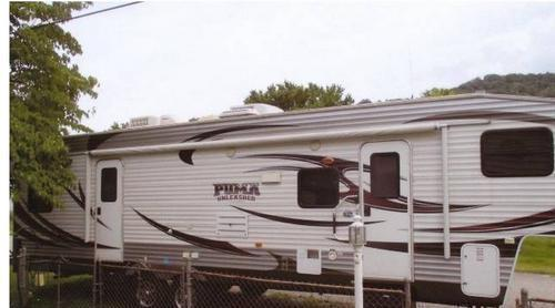 2013 Palomino Puma Unleashed Toy Hauler