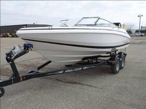2013 Regal Bowrider 2000