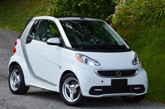 2013 smart fortwo passion cabrio convertible for sale in fort myers florida classified. Black Bedroom Furniture Sets. Home Design Ideas