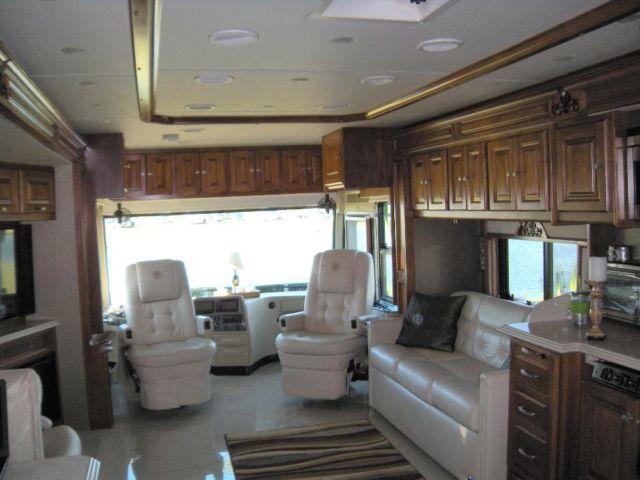 2013 Tiffin Phaeton 40qbh One Owner 13 000 Miles For