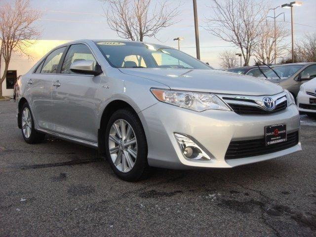 2013 Toyota Camry Hybrid 4dr Car 4dr Sdn XLE (Natl)