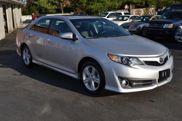 2013 toyota camry se 4 cyl silver 40k mi for sale in mount sterling kentucky classified. Black Bedroom Furniture Sets. Home Design Ideas