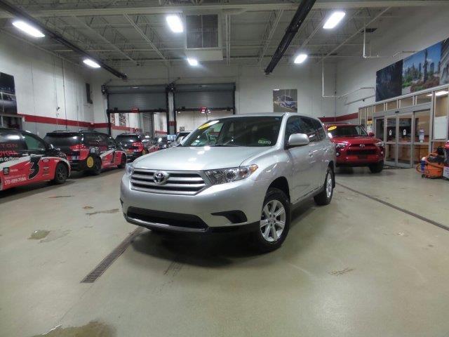 2013 Toyota Highlander Base AWD Base 4dr SUV
