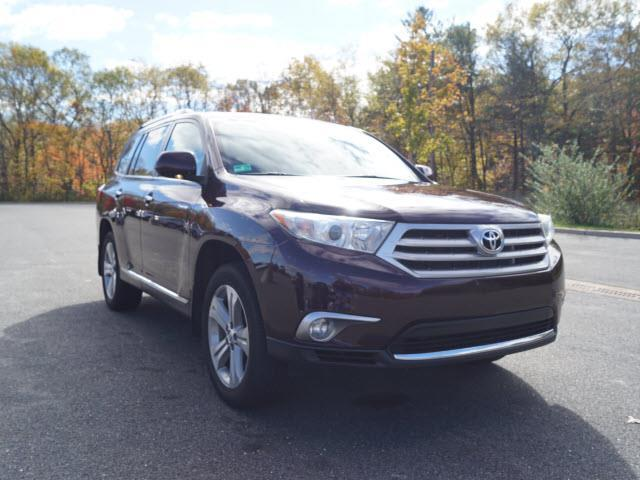 2013 toyota highlander limited awd limited 4dr suv for sale in smithfield rhode island. Black Bedroom Furniture Sets. Home Design Ideas
