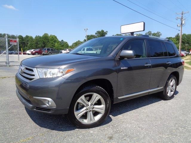 2013 toyota highlander limited limited 4dr suv for sale in greensboro north carolina classified. Black Bedroom Furniture Sets. Home Design Ideas
