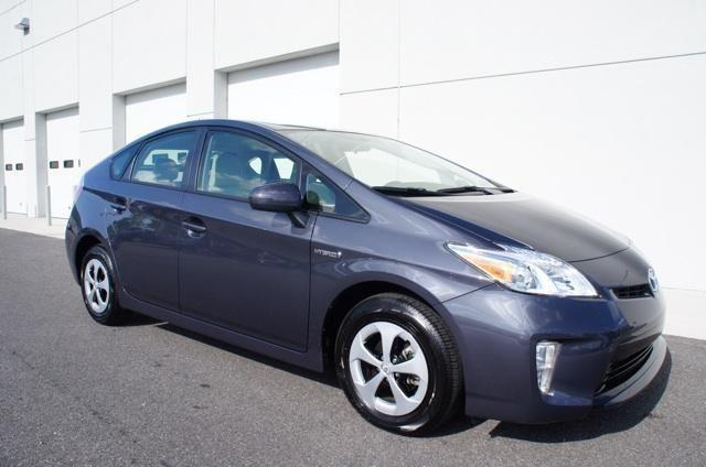 2013 toyota prius hatchback three for sale in orlando florida classified. Black Bedroom Furniture Sets. Home Design Ideas