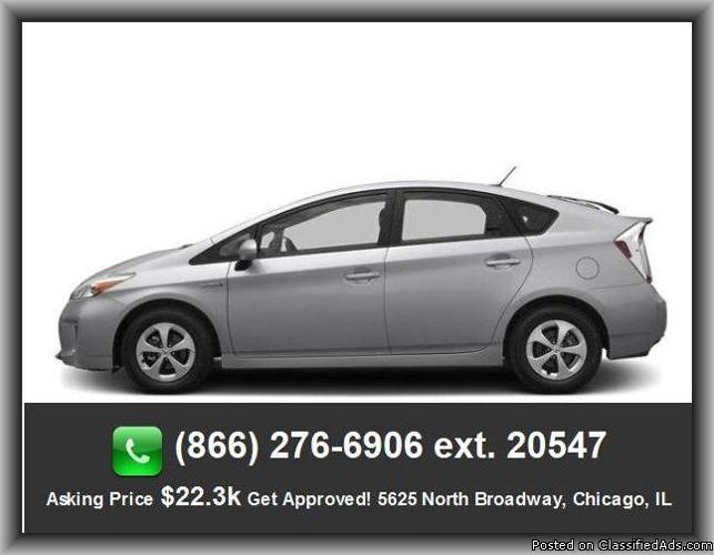 2013 toyota prius three hatchback for sale in woodridge illinois classified. Black Bedroom Furniture Sets. Home Design Ideas