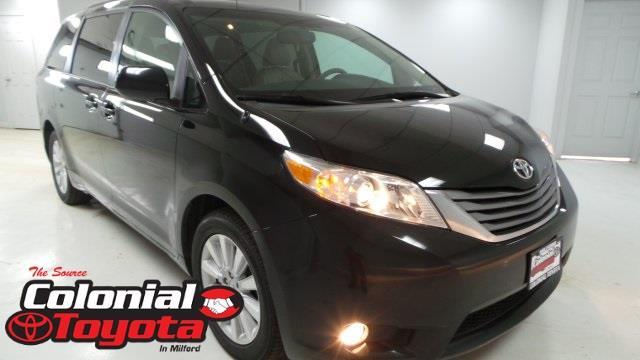 2013 toyota sienna limited 7 passenger awd limited 7 passenger 4dr mini van for sale in milford. Black Bedroom Furniture Sets. Home Design Ideas