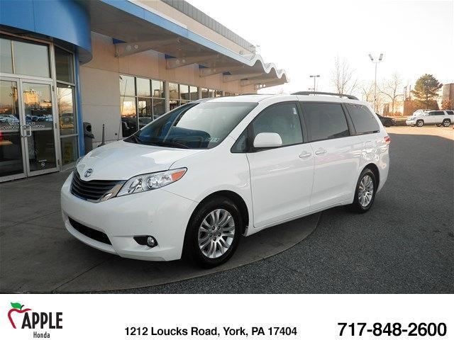 2013 Toyota Sienna Limited 7-Passenger Limited