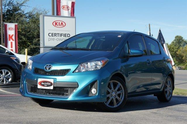 2013 Toyota Yaris 5-Door L L 4dr Hatchback