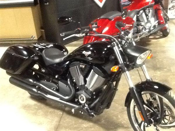 2013 victory vegas 8 ball for sale in coral illinois classified. Black Bedroom Furniture Sets. Home Design Ideas