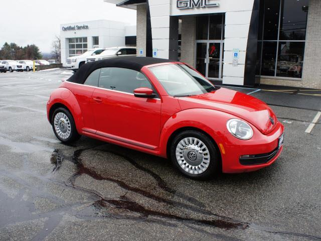 2013 volkswagen beetle 2 5l pzev 2 5l pzev 2dr convertible. Black Bedroom Furniture Sets. Home Design Ideas