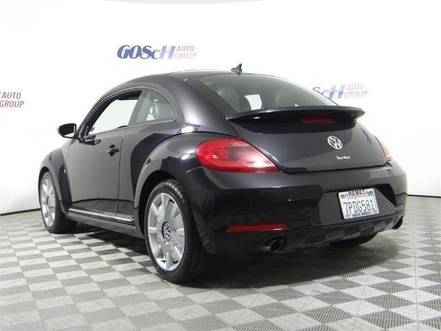2013 Volkswagen Beetle Turbo Turbo 2dr Coupe 6A w/