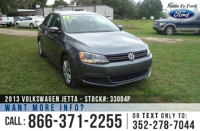 2013 Volkswagen Jetta SE - Leather Interior - Cruise