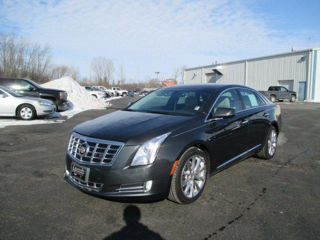 2014 CADILLAC XTS AWD Luxury Collection 4dr Sedan