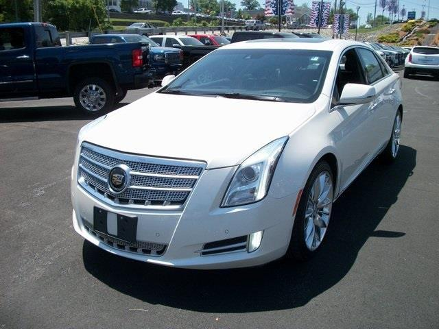 2014 cadillac xts platinum collection awd platinum collection 4dr sedan for sale in auburn. Black Bedroom Furniture Sets. Home Design Ideas