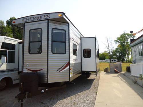2014 Cherokee 39 Ft Park Model Trailer For Sale In Bay