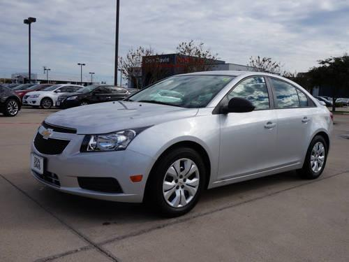 2014 chevrolet cruze 4dr car ls for sale in elmwood texas classified. Black Bedroom Furniture Sets. Home Design Ideas