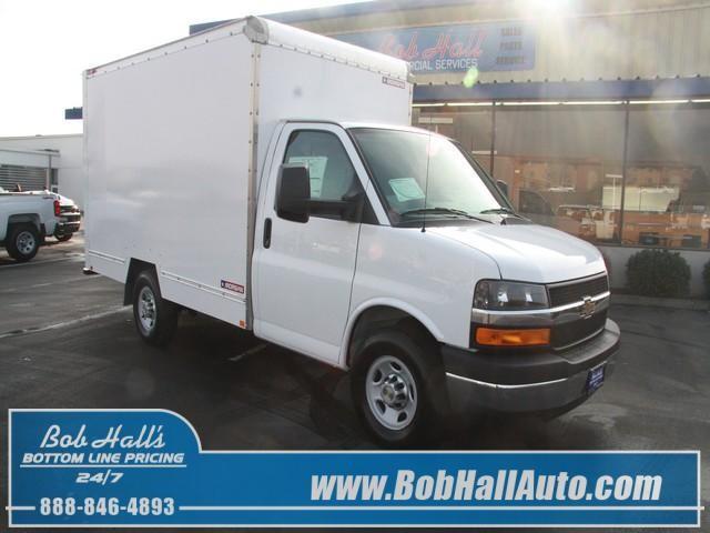 fc548fe063 2014 Chevrolet Express Commercial Cutaway 3500 Van 139 for sale in East  Selah