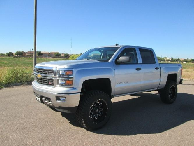 2014 chevrolet silverado 1500 4x4 crew cab shortbed z71 new lift wheels tires 1 az owner for. Black Bedroom Furniture Sets. Home Design Ideas