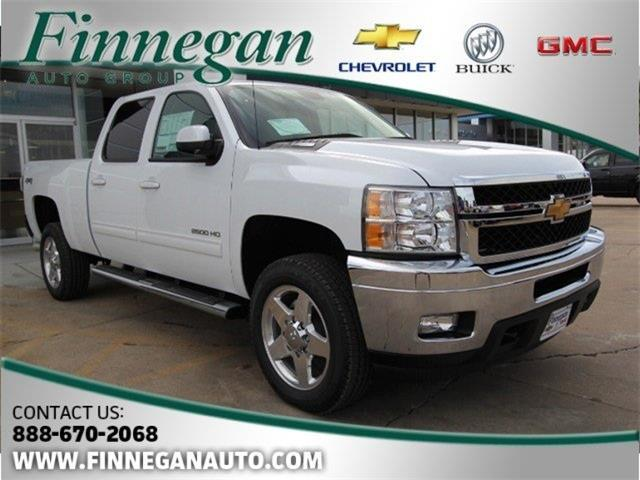 2014 chevrolet silverado 2500hd vs 2014 ram 2500 compare. Black Bedroom Furniture Sets. Home Design Ideas