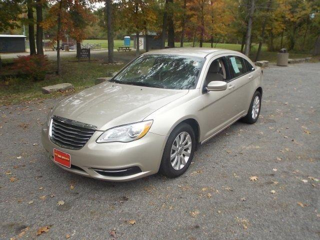 2014 chrysler 200 touring ravenna oh for sale in black horse ohio classified. Black Bedroom Furniture Sets. Home Design Ideas