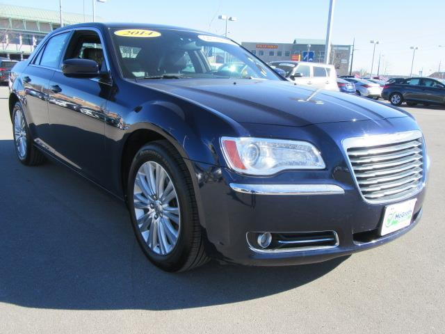 2014 chrysler 300 base awd base 4dr sedan for sale in dubuque iowa classified. Black Bedroom Furniture Sets. Home Design Ideas