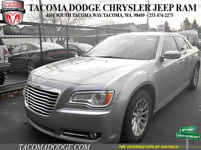 2014 Chrysler 300 Base Base 4dr Sedan