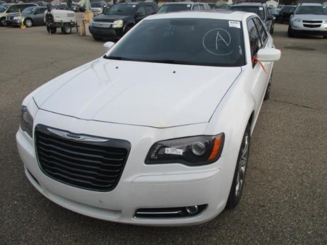 2014 chrysler 300 s awd s 4dr sedan for sale in madison ohio classified. Black Bedroom Furniture Sets. Home Design Ideas
