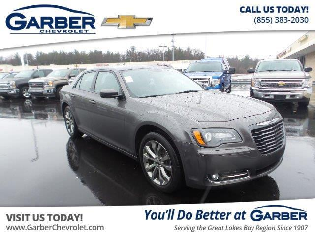 2014 chrysler 300 s awd s 4dr sedan for sale in midland michigan classified. Black Bedroom Furniture Sets. Home Design Ideas