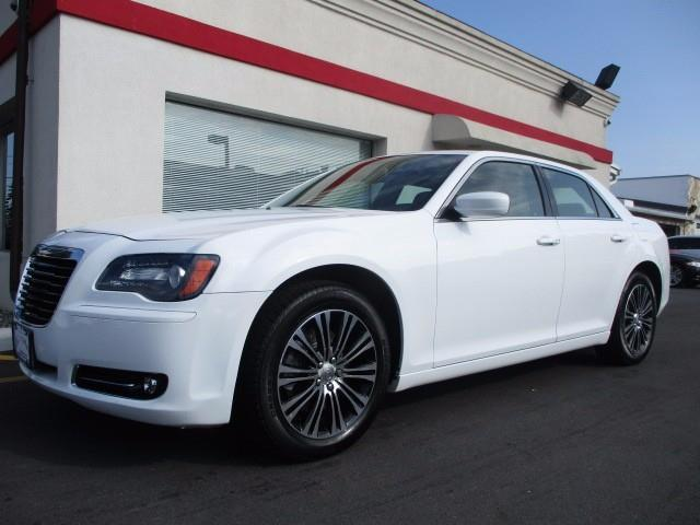 2014 chrysler 300 s awd s 4dr sedan for sale in trenton new jersey classified. Black Bedroom Furniture Sets. Home Design Ideas