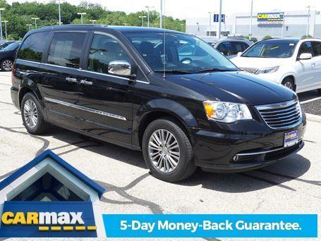 2014 chrysler town and country touring l touring l 4dr mini van for sale in cincinnati ohio. Black Bedroom Furniture Sets. Home Design Ideas