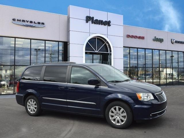 2014 chrysler town and country touring touring 4dr mini van for sale in franklin massachusetts. Black Bedroom Furniture Sets. Home Design Ideas