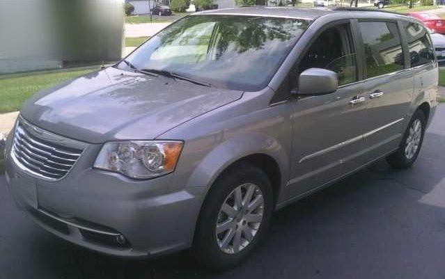 2014 chrysler town and country touring touring 4dr mini van for sale in madison ohio classified. Black Bedroom Furniture Sets. Home Design Ideas