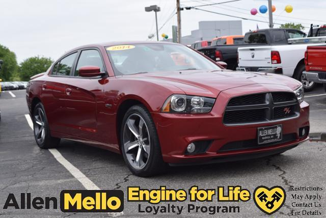 2014 dodge charger r t r t 4dr sedan for sale in nashua new hampshire classified. Black Bedroom Furniture Sets. Home Design Ideas