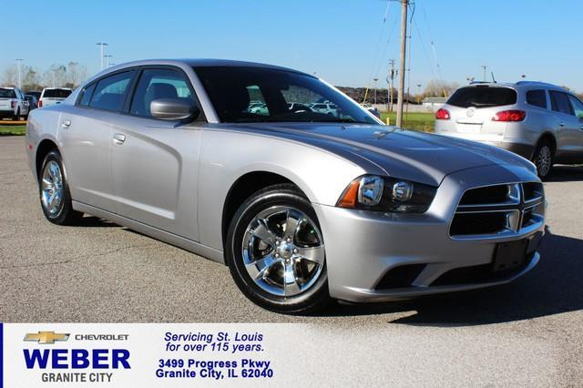 2014 Dodge Charger SE SE 4dr Sedan
