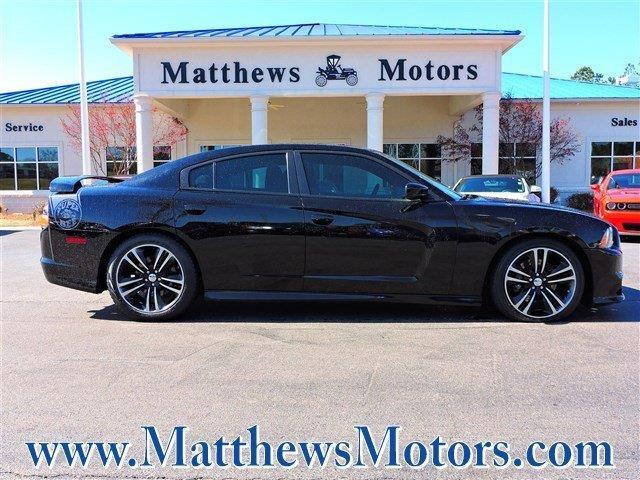 2014 dodge charger srt8 super bee srt8 super bee 4dr sedan for sale in goldsboro north carolina. Black Bedroom Furniture Sets. Home Design Ideas