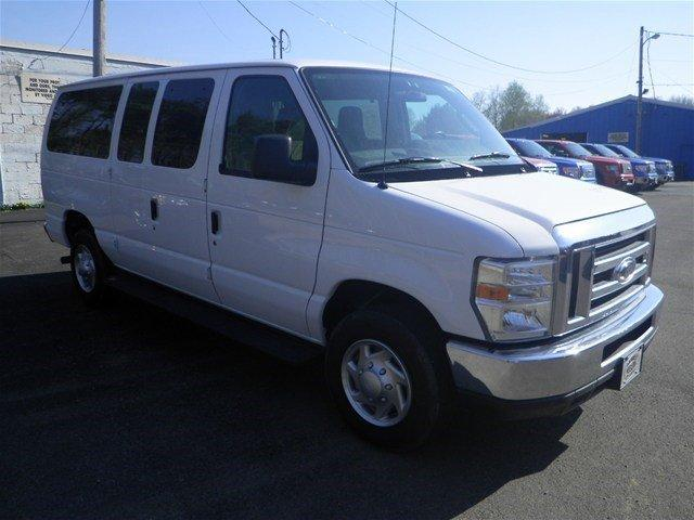 2014 ford econoline wagon e 350 sd xl 3dr passenger van for sale in corry pennsylvania. Black Bedroom Furniture Sets. Home Design Ideas