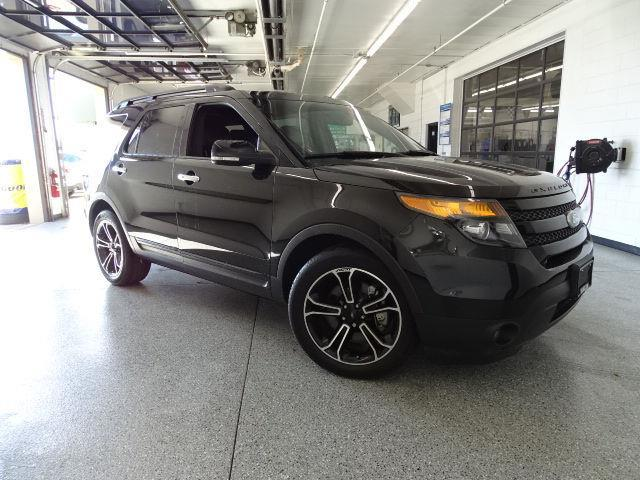 2014 ford explorer sport awd sport 4dr suv for sale in oconomowoc wisconsin classified. Black Bedroom Furniture Sets. Home Design Ideas