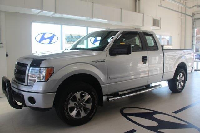 2014 Ford F-150 XL 4x4 XL 4dr SuperCab Styleside 6.5