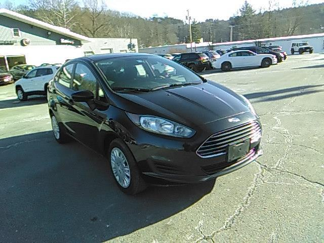 2014 Ford Fiesta S S 4dr Sedan
