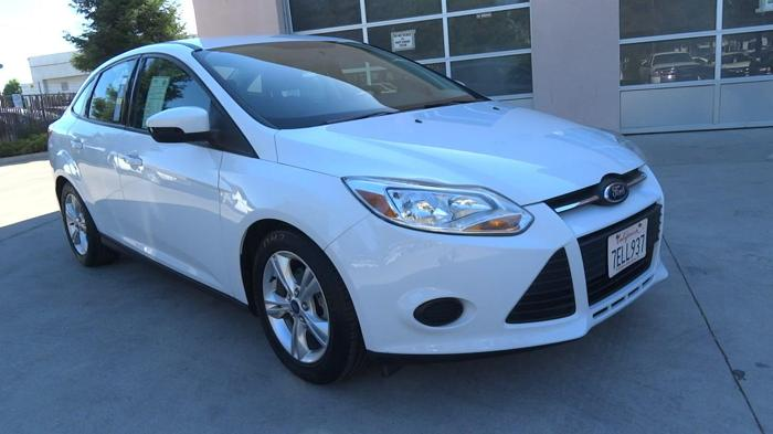 2014 ford focus se se 4dr sedan for sale in fresno. Black Bedroom Furniture Sets. Home Design Ideas